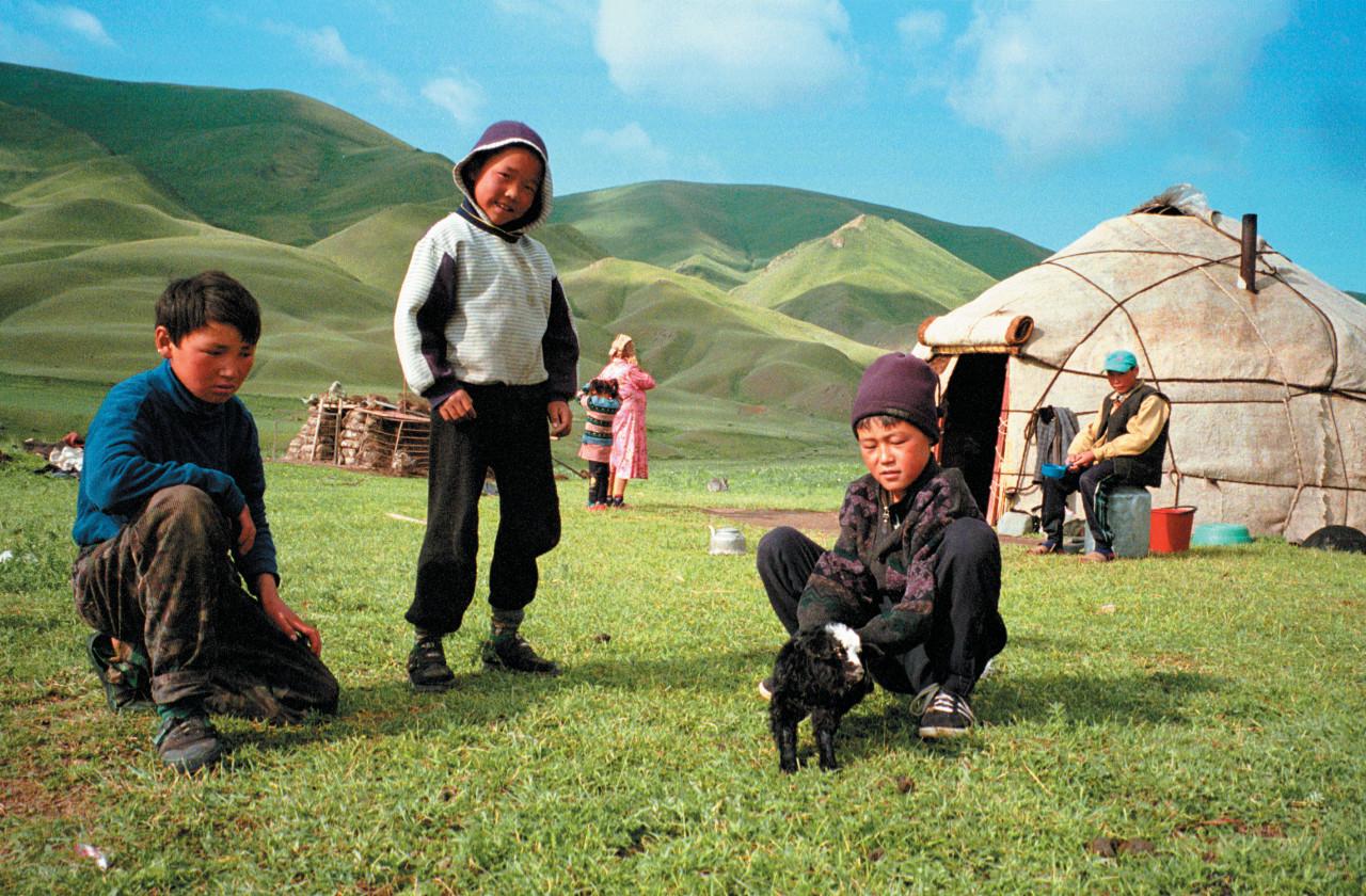Famille de nomades kirghiz.