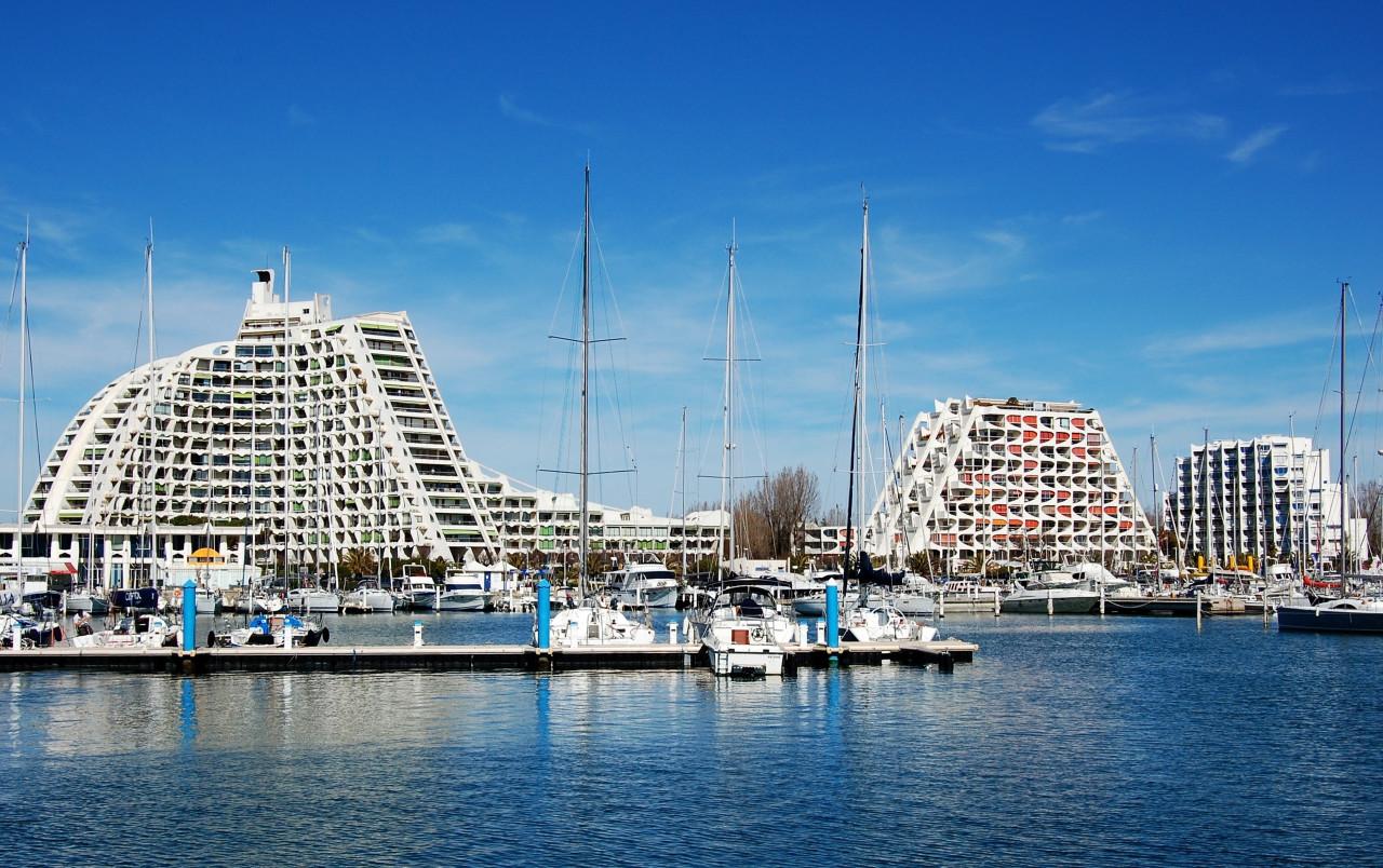 Les immeubles crées par l'architecte Jean Balladur. (© MagSpace - Shutterstock.com))