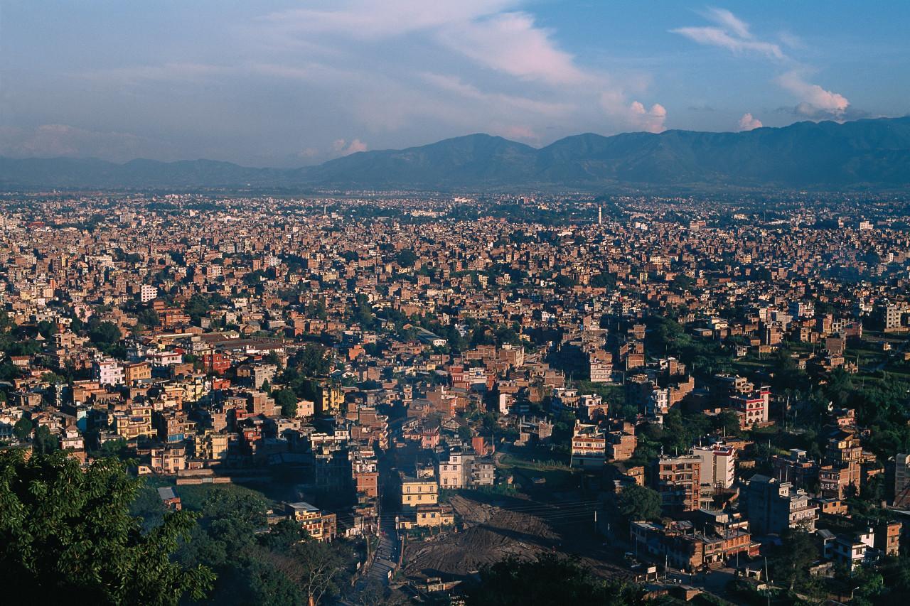 Autour de Kathmandou, les cultures ont cédé la place au béton. Depuis quelques années, la capitale connaît un véritable boom urbain. (© Author's Image))