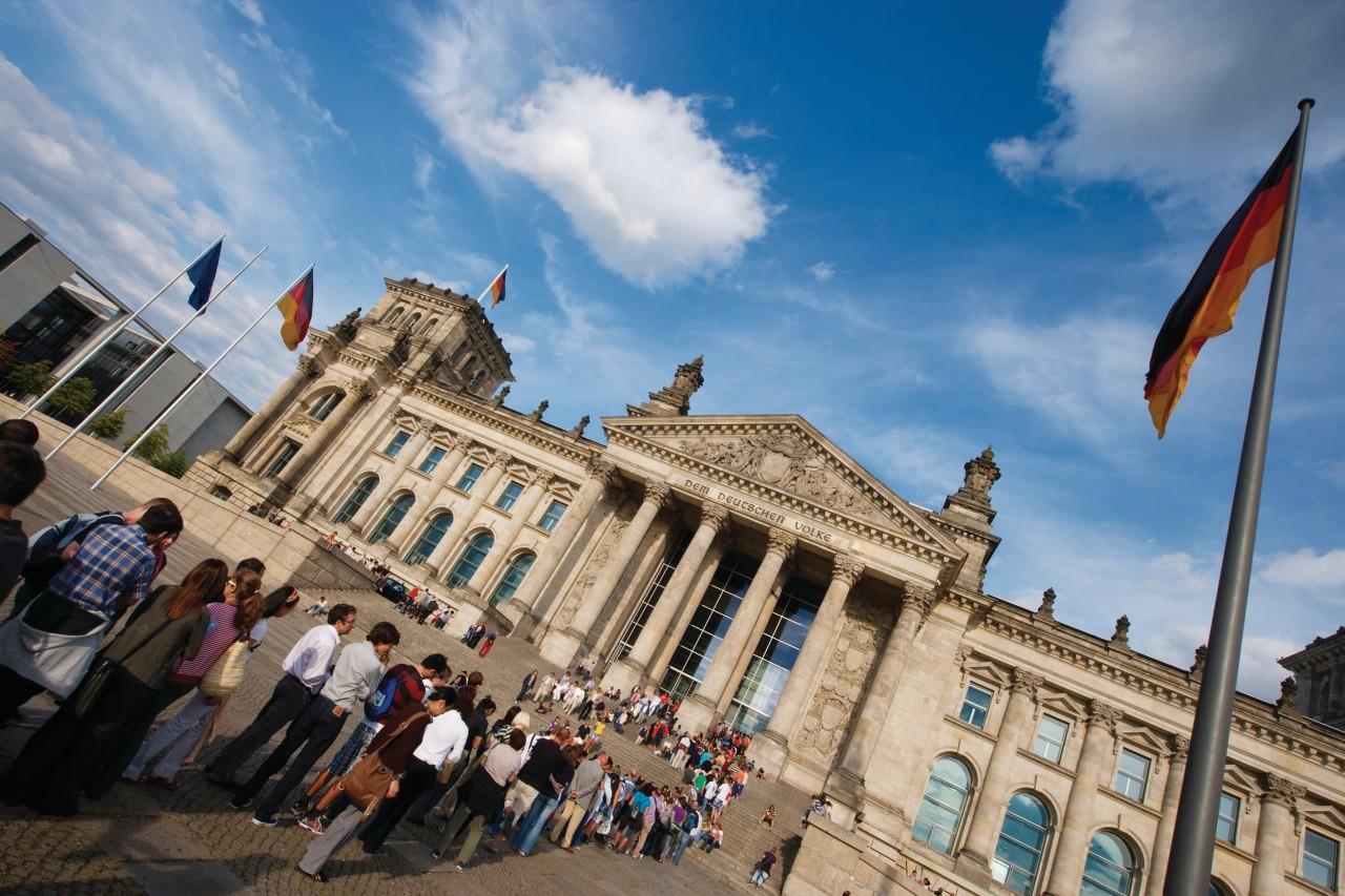 Fil d'attente pour visiter le Reichstag (© Author's Image))