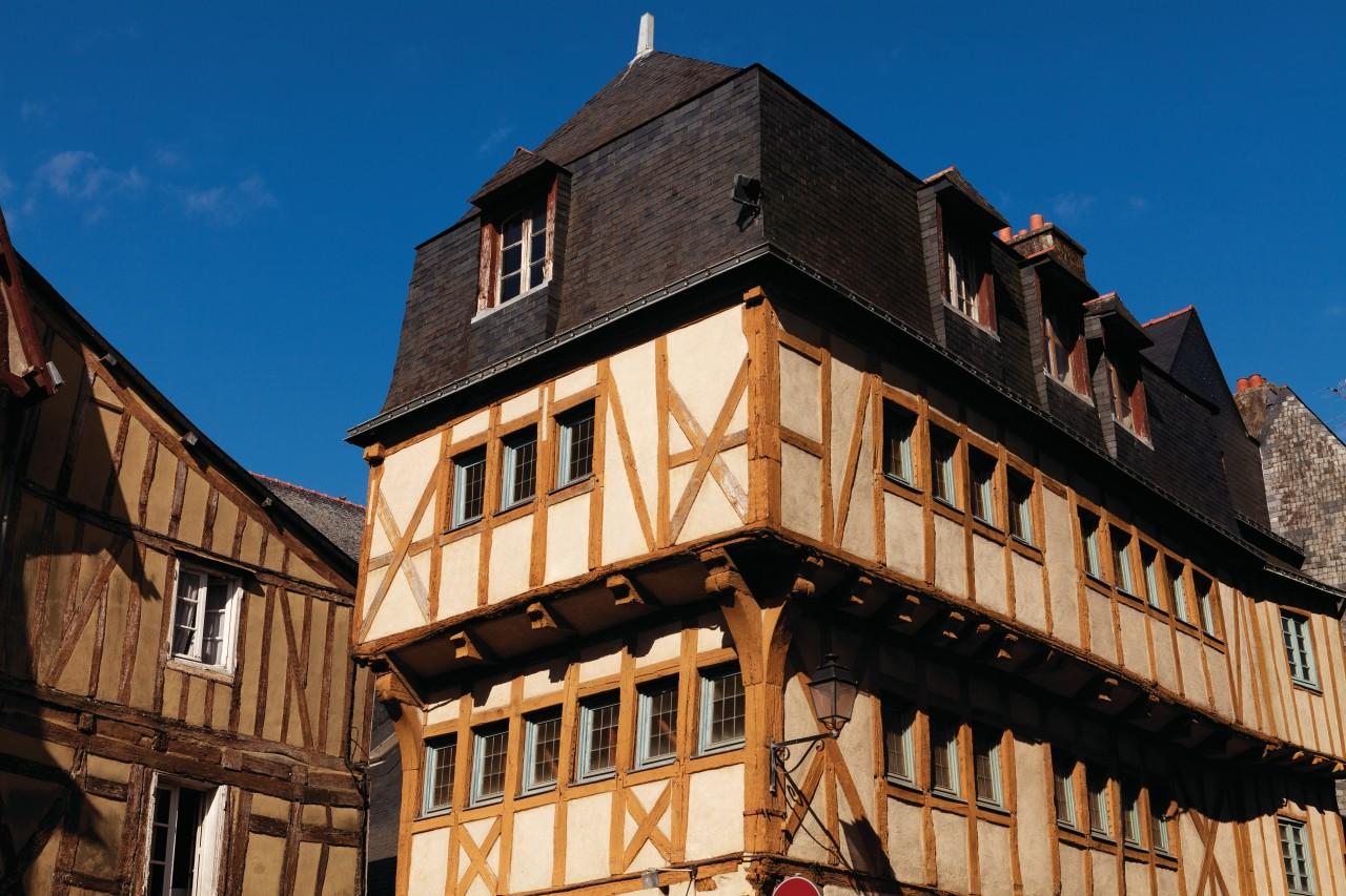 Maison bretonne dans la vieille ville de Vannes. (© Irène Alastruey - Author's Image))