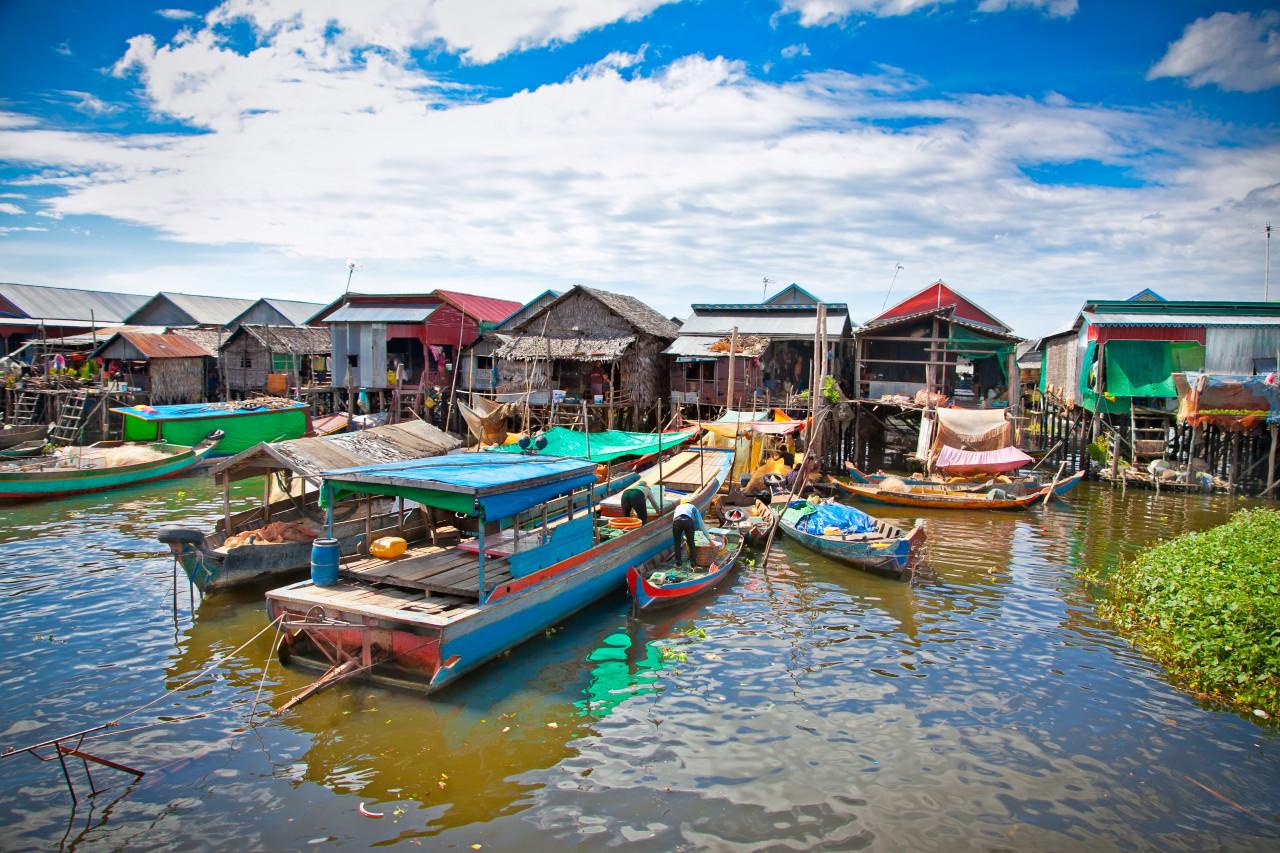 Village flottant sur le Lac Tonle Sap. (© Aleksandar Todorovic - Fotolia))