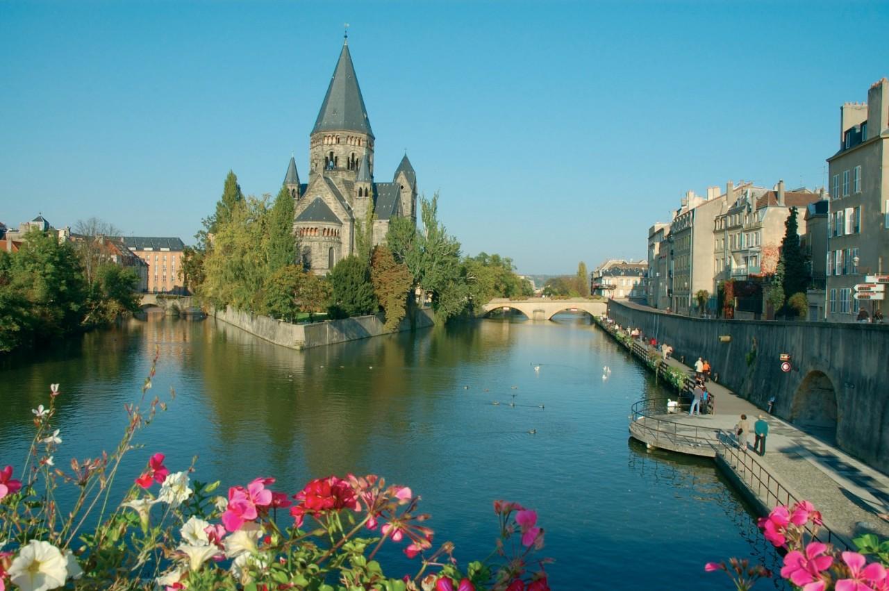 Le Temple Neuf à Metz (© OLGA SHELEGO - FOTOLIA))