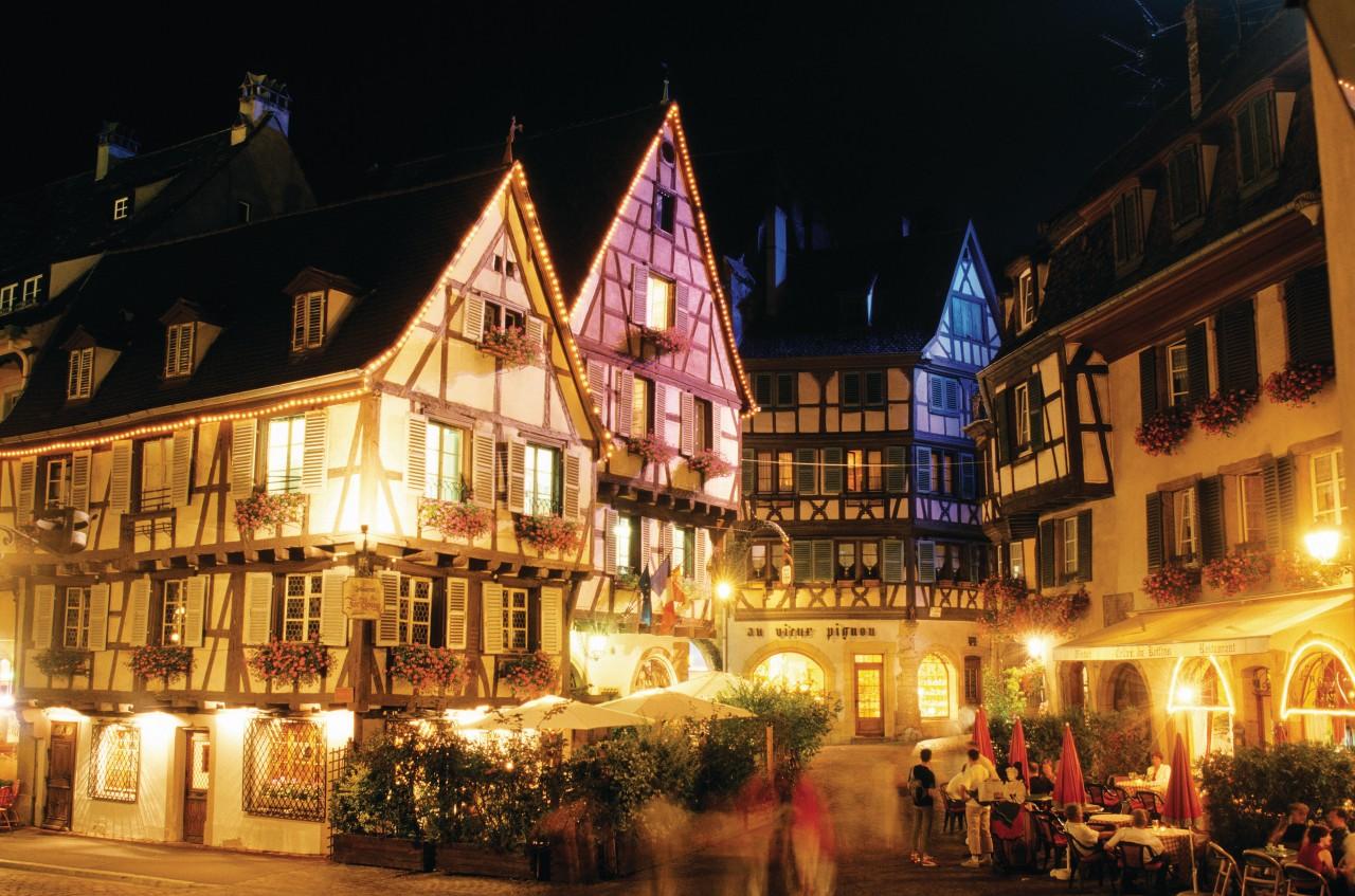 Place de l'Ancienne Douane. (© Irène ALASTRUEY - Author's Image))