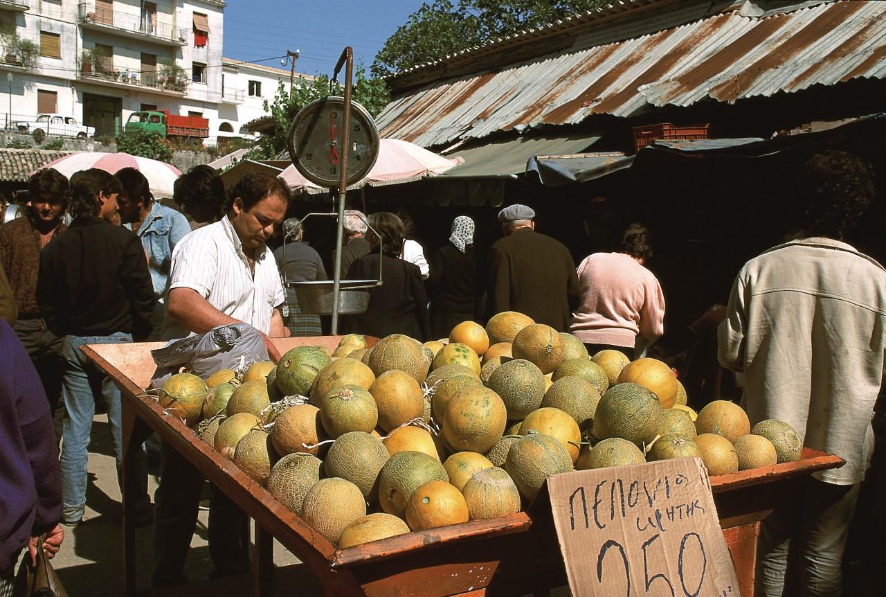 Le marché de Corfou Chora. (© Author's Image))