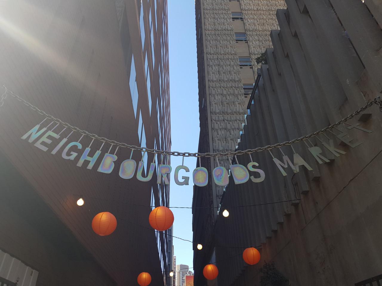 Le marché branché de Neighbourgoods le samedi. (© Chloé OBARA))