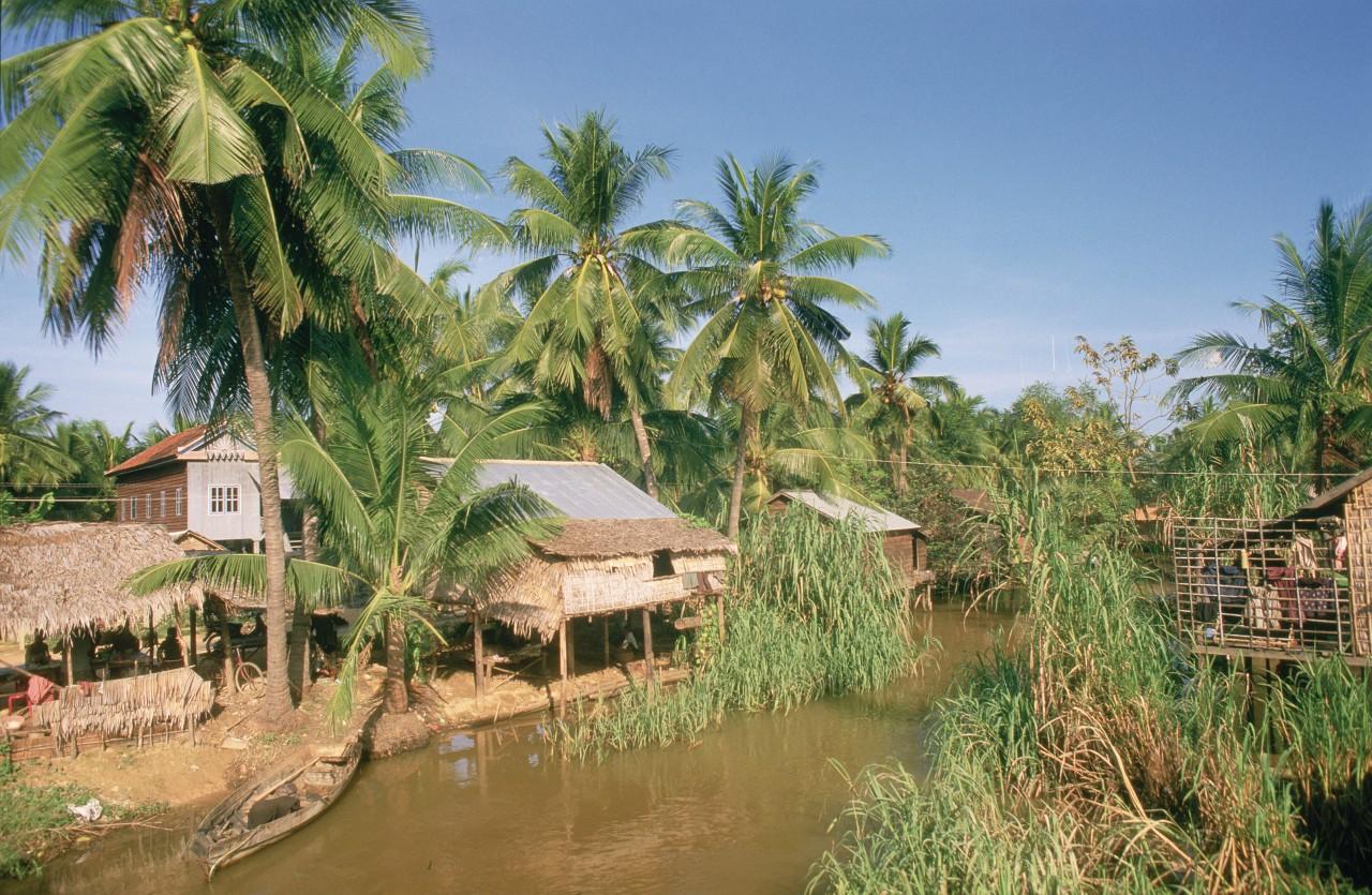 Habitation khmère. (© Alamer - Iconotec))