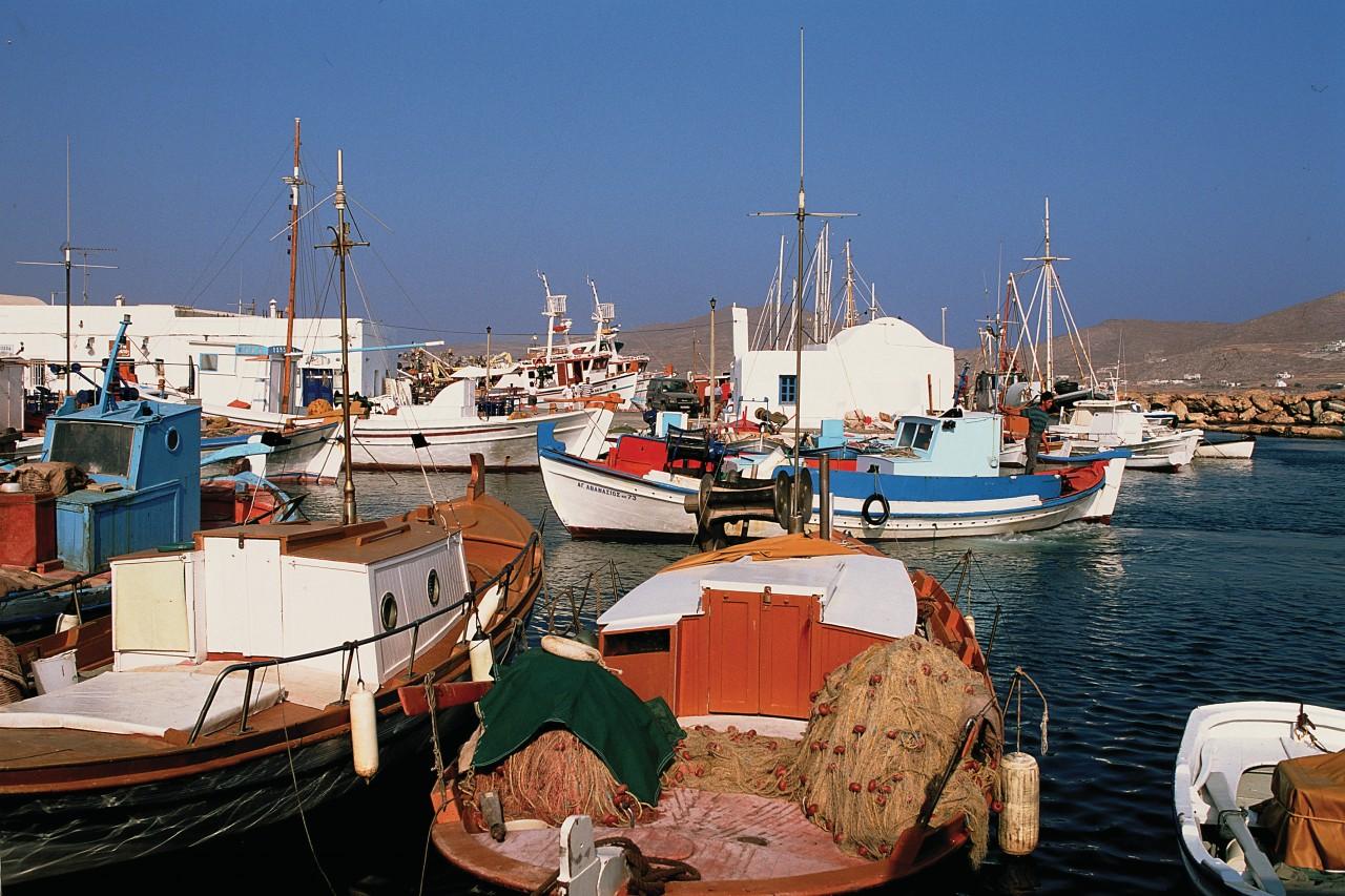 Port de Parikiá. (© Author's Image))