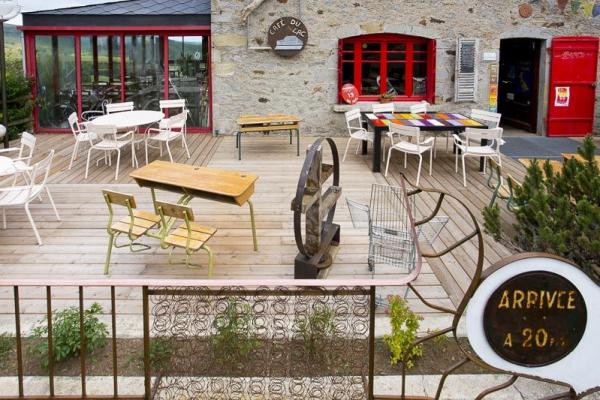 Café Lac Servière - ©CAFÉ DU LAC SERVIÈRES