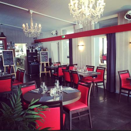 RESTAURANT LA CRÉMAILLÈRE Cuisine française régionale Taninges photo n° 499683 - ©RESTAURANT LA CRÉMAILLÈRE