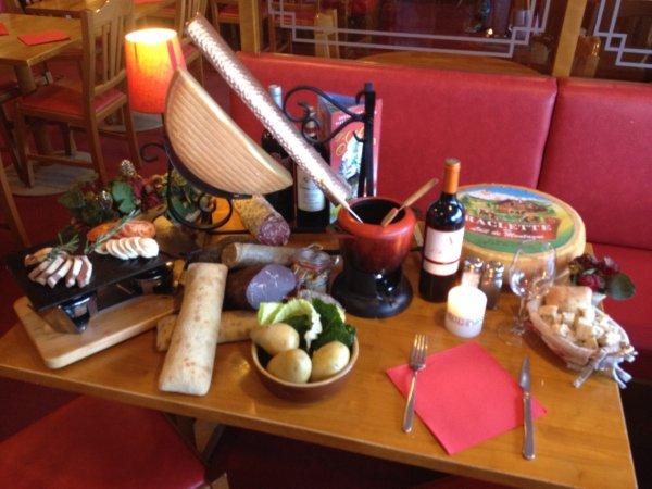 RESTAURANT LA MAMA Restaurant savoyard La Mongie photo n° 140929 - ©RESTAURANT LA MAMA