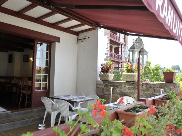 Hôtel-restaurant Ramuntcho Saint-Jean-Pied-de-Port - ©Hôtel-restaurant Ramuntcho