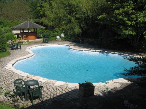 HÔTEL-RESTAURANT AU FAISAN DORÉ Hôtel Neuville-sur-Ain photo n° 223651 - ©HÔTEL-RESTAURANT AU FAISAN DORÉ