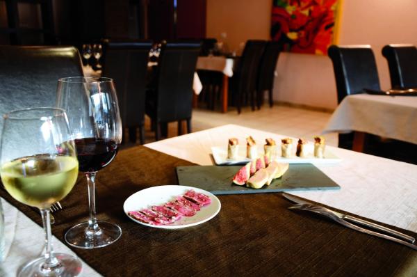 AUBERGE DU PELLOUX Cuisine française Villy-le-Pelloux photo n° 209107 - ©AUBERGE DU PELLOUX