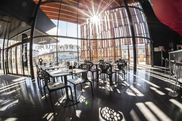 Le Bar/Resto - ©LA BELLE ÉLECTRIQUE