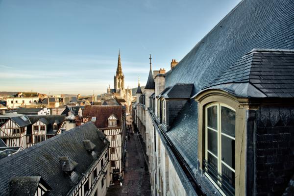 Vue sur Rouen - ©HISTORIAL JEANNE D'ARC