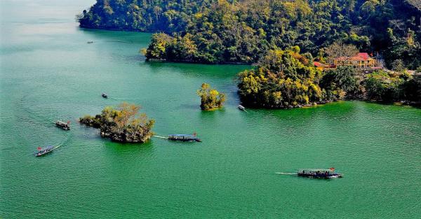 Lac de Ba Be - ©MR LINH'S ADVENTURES TRAVEL