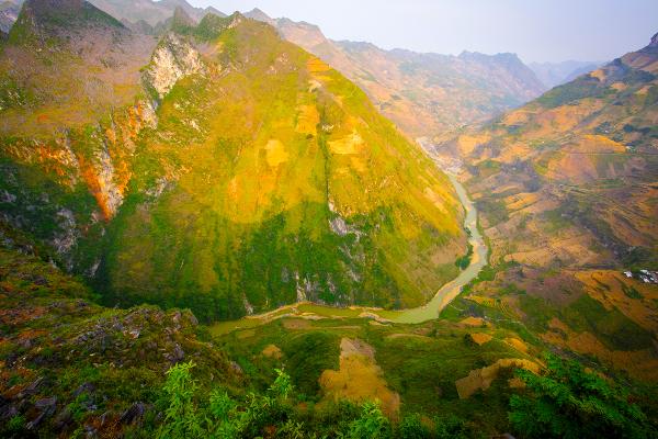 Ma Pi Leng, Ha Giang - ©MR LINH'S ADVENTURES TRAVEL