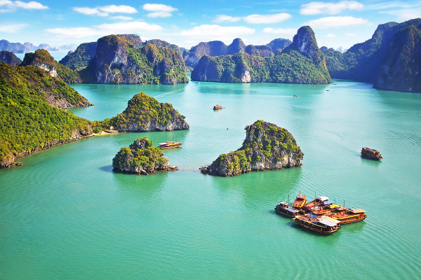 Baie d'Halong - ©MR LINH'S ADVENTURES TRAVEL