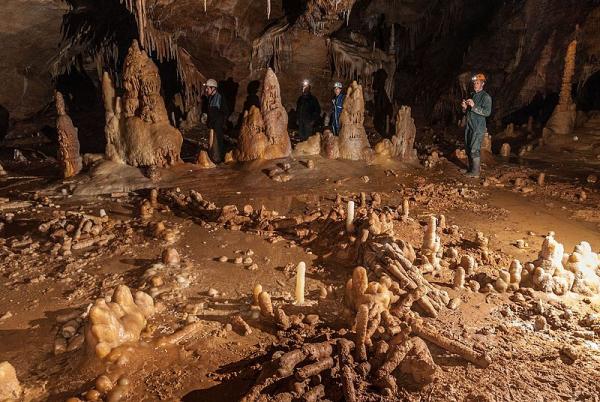 Grotte de Bruniquel