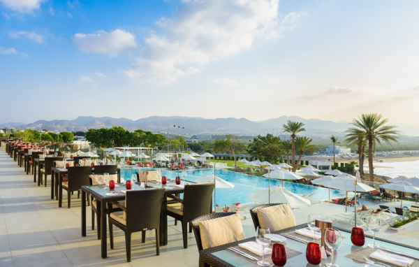The Terrace - ©CROWNE PLAZA MUSCAT