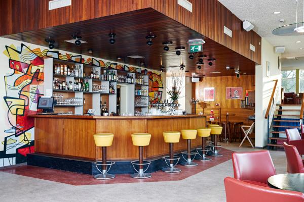 Bar - ©PENSION HOMELAND
