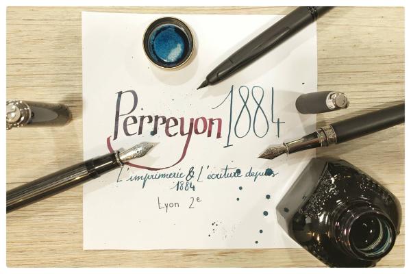 M - ©PERREYON 1884