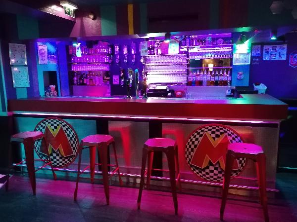 le bar - ©macumba club est une marque déposée