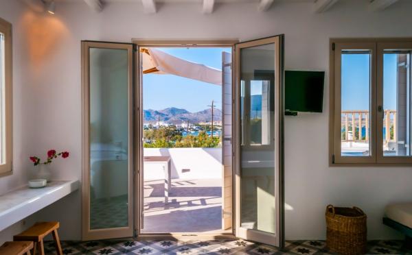 terrace - ©MILIA GI SUITES