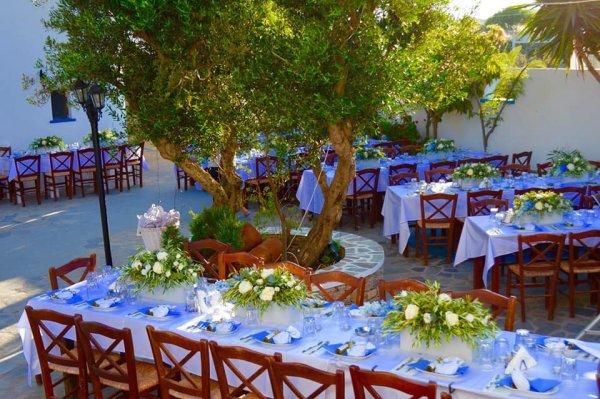 patio - ©ZEFIROS ANEMOS