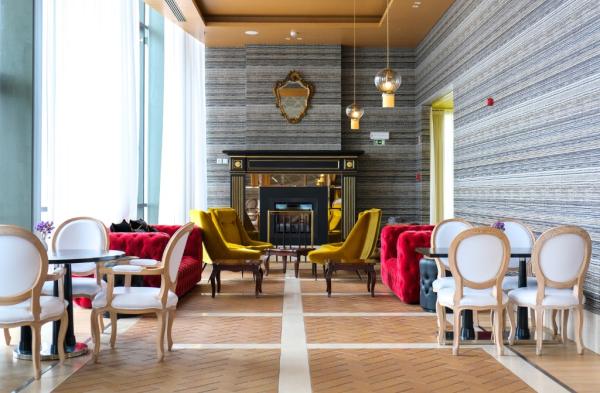 Lobby Bar - ©HOTEL EVOLUTEE ROYAL