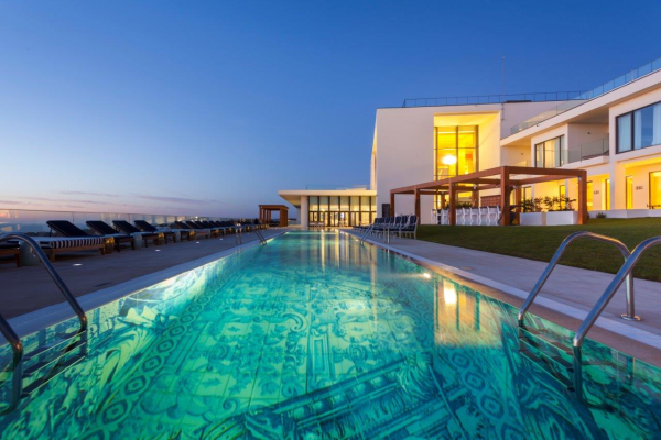 Swimming Pool Night - ©HOTEL EVOLUTEE ROYAL