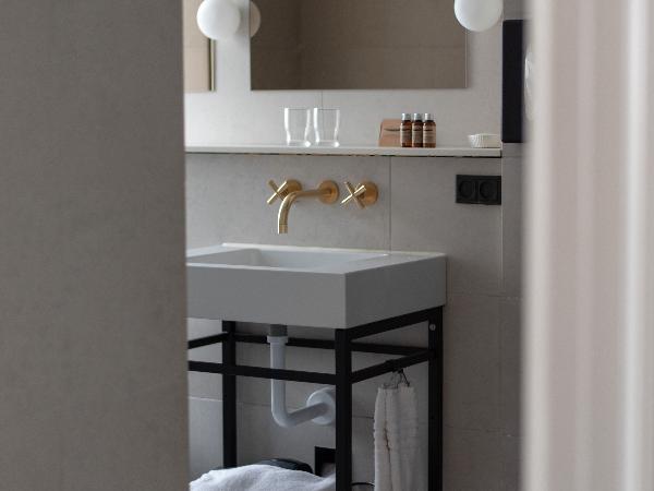 bathroom hotel skt annae - ©hotel skt annae