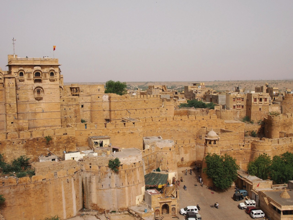 Maxime DRAY... - ©FORTIFIED WITH JAISALMER