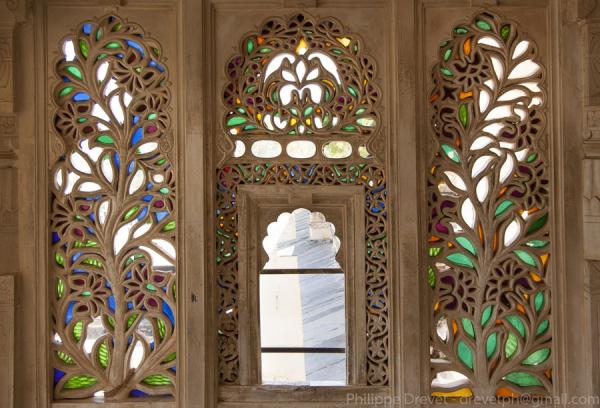 City Palace Udaipur - ©LAKE PICHOLA HOTEL