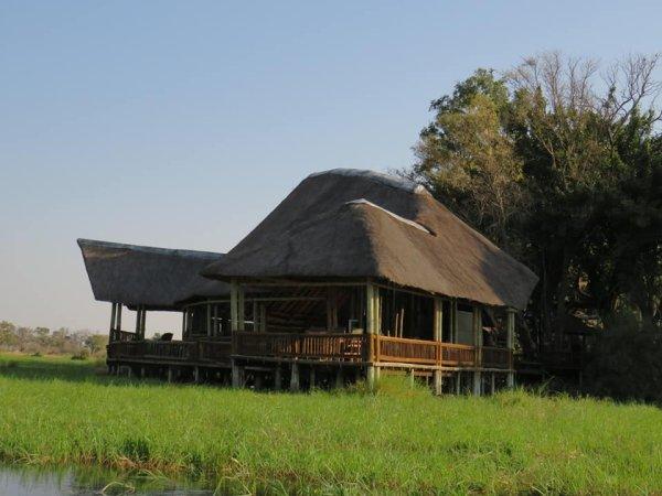 AFRICAN BUSH LOVERS