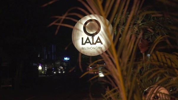 1 - ©O LALA