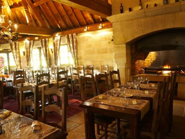 HÔTEL-RESTAURANT LA FLAMBÉE Restaurant bourguignon Sennecey-Lès-Dijon photo n° 132784 - ©HÔTEL-RESTAURANT LA FLAMBÉE