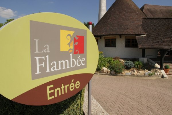 HÔTEL-RESTAURANT LA FLAMBÉE Restaurant bourguignon Sennecey-Lès-Dijon photo n° 132787 - ©HÔTEL-RESTAURANT LA FLAMBÉE
