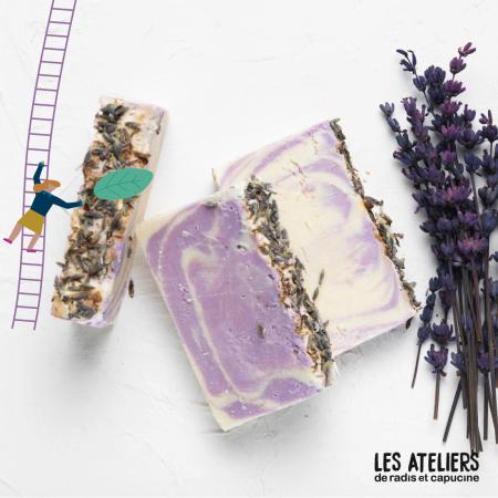 saponification - ©LES ATELIERS DE RADIS ET CAPUCINE