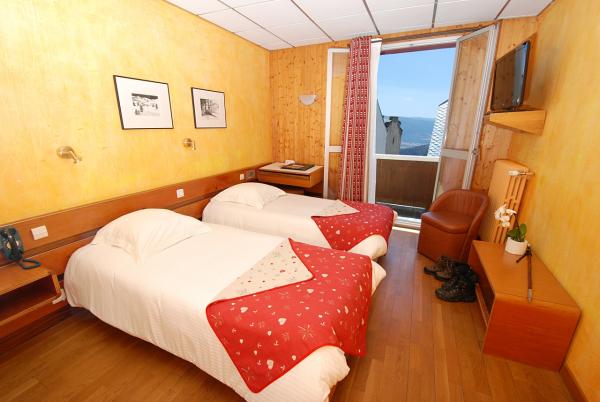 LE CARLIT HÔTEL Hôtel Font-Romeu-Odeillo-Via photo n° 169932 - ©LE CARLIT HÔTEL