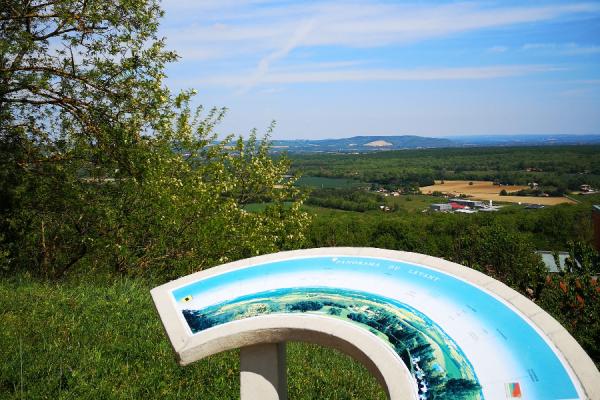 Table d'orientation, panorama du levant, depuis les hauteurs de Montjoire - ©Tourisme Coteaux du Girou