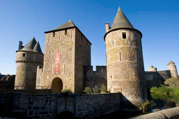 CHÂTEAU MÉDIÉVAL DE FOUGÈRES Château Fougères photo n° 215967 - ©CHÂTEAU MÉDIÉVAL DE FOUGÈRES