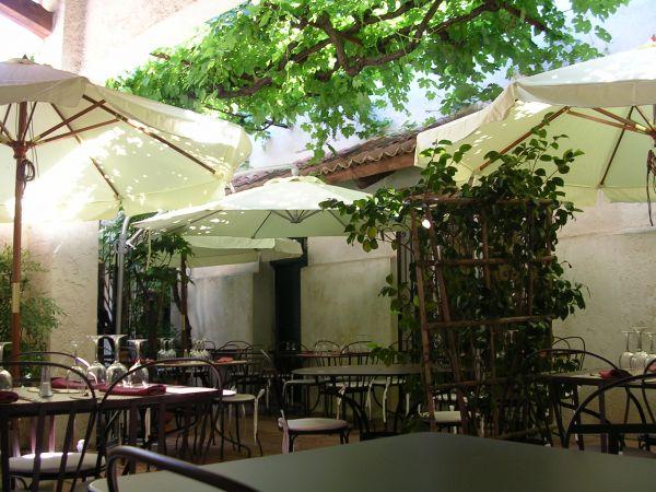 LA REMISE Restaurant provençal Besse-sur-Issole photo n° 24280 - ©LA REMISE