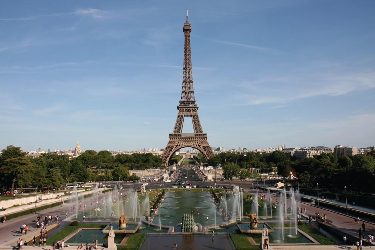 LA TOUR EIFFEL (© LA TOUR EIFFEL))