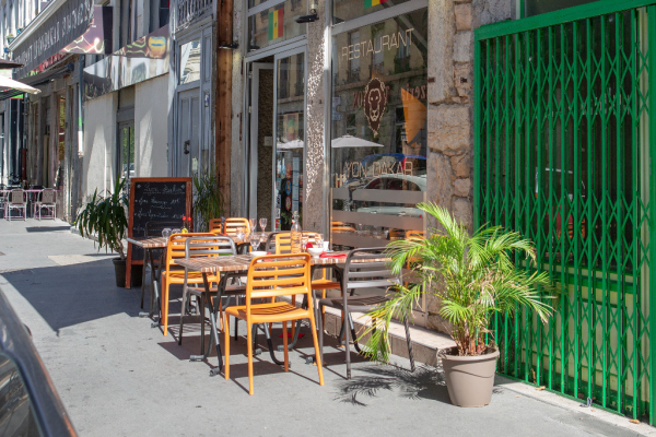 Restaurant_Lyon - ©LYON DAKAR