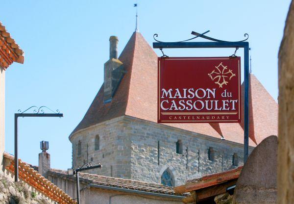 maison du monde carcassonne cheap station f x maisons du. Black Bedroom Furniture Sets. Home Design Ideas