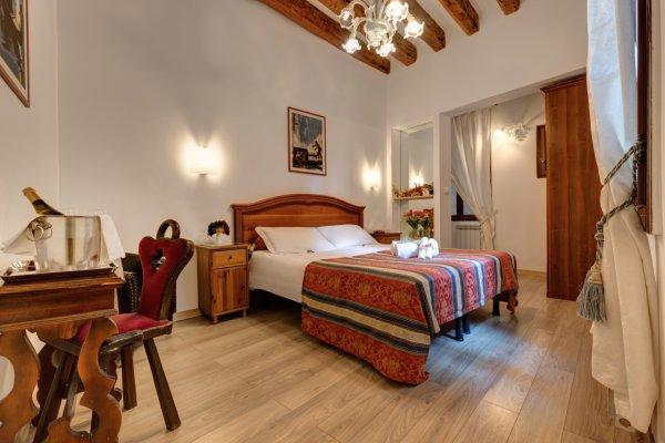 HOTEL SAN SAMUELE Hotel Venice photo n° 487855 - ©HOTEL SAN SAMUELE
