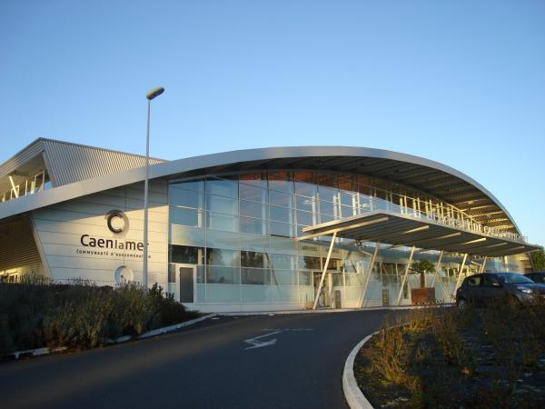 AÉROPORT DE CAEN-CARPIQUET Aéroport – Service au voyageur Carpiquet photo n° 178470 - ©AÉROPORT DE CAEN-CARPIQUET
