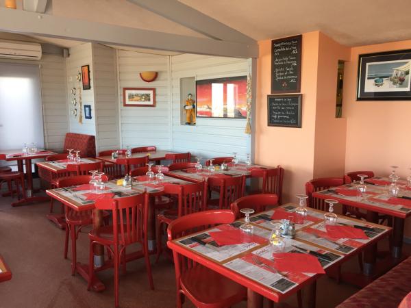 Café de la plage - ©LE CAFÉ DE LA PLAGE
